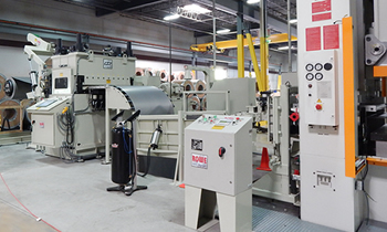Rowe© Press Feed Line to efficiently handle coiled metal, increasing productivity